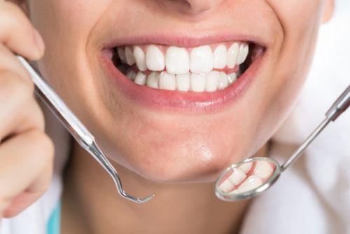 Осмотр врача-стоматолога